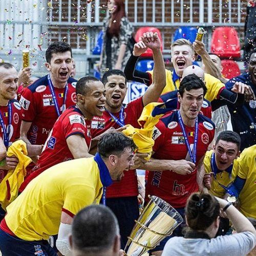VIDEO / Arcada Galați, în premieră campioană națională la volei masculin