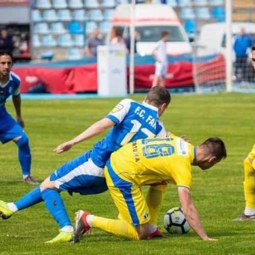 Liga 2: Petrolul, Chindia și Metaloglobus fac scor de maidan. Clinceni și Snagov se împiedică