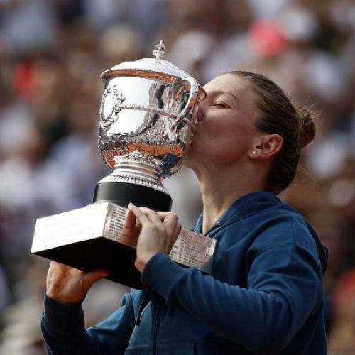 Simona Halep a plecat spre Paris. Gândurile jucătoarei înainte de Roland Garros