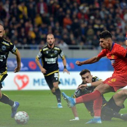 Derby-ul și-a respectat statutul. Calitate fotbalistică, incidente în tribune, rezultat egal