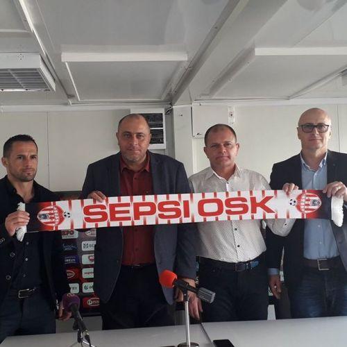 Sepsi l-a instalat pe Leo Grozavu în locul lui Laszlo Csaba