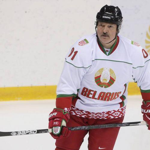 VIDEO / Lukașenko Necredinciosul. Președintele Belarusului sfidează coronavirusul cu un meci de hochei