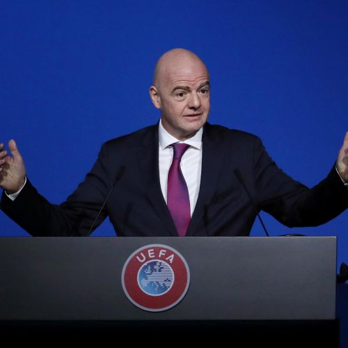 FIFA a deblocat un fond de 1,5 miliarde de dolari pentru federații