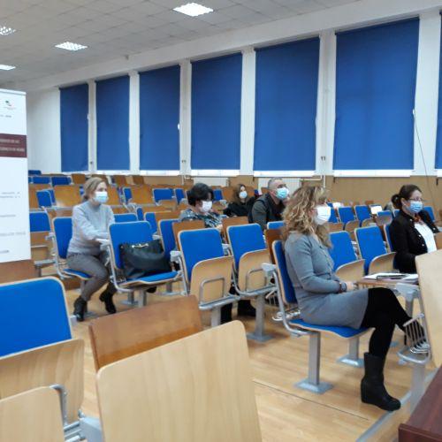 """Universitatea Națională de Educație Fizică și Sport din București a lansat proiectul """"Studenţii de azi, profesioniştii de mâine"""""""