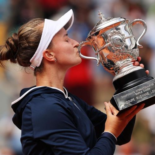 Barbora Krejcikova, regina surprinzătoare de la Roland Garros